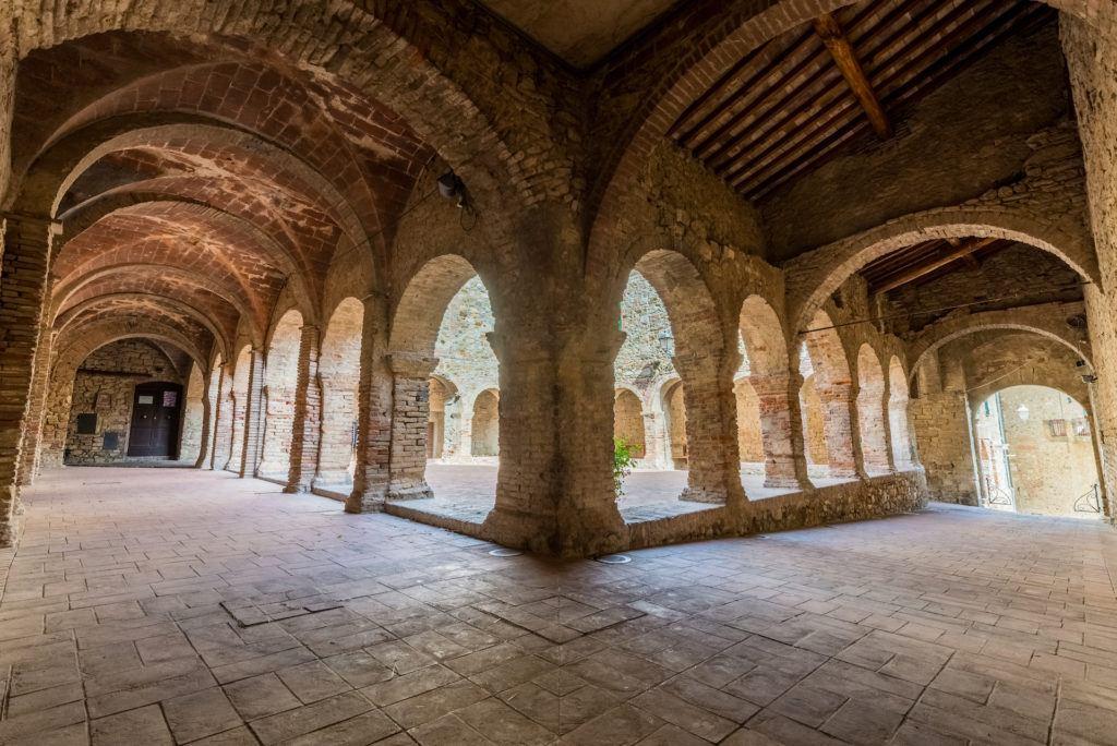 I Borghi Medievali della Costa degli Etruschi - Immobiliare Marina Salivoli